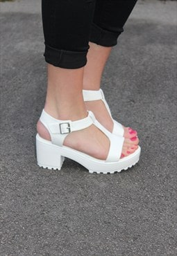 Cleated Sole Flatform Sandal Shoes - White