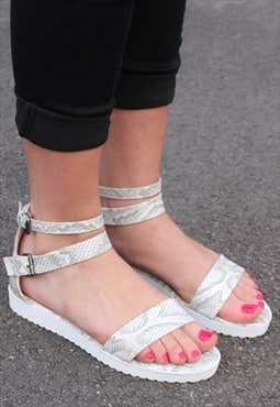 Cleated Sole Lizard Print Platform Sandals - Stone