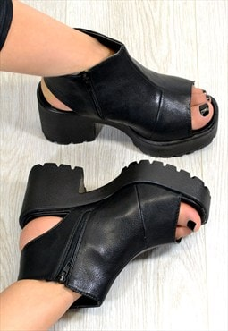 DAKOTA Chunky Heel Cut Out Ankle Boots Shoes in Black
