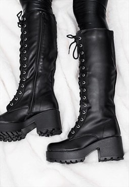 JEDEYE Cleated Sole Lace Up Platform Knee High Boots - Black