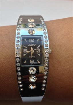 Ladies Bracelet Watch Black Face