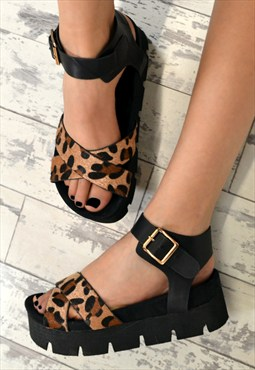 KANA Chunky Heel Wedge Style Flatform Sandals in Leopard