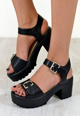 FIGI Chunky Heel Buckle Strap Summer Sandals in BLACK