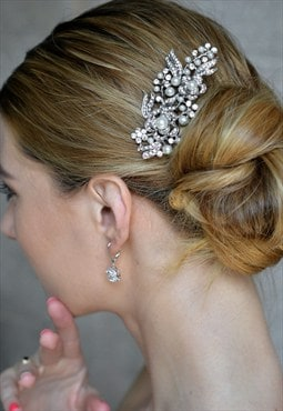 Bridal flower pearl hair comb headpiece Austrian crystal