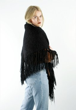 Black Knitted Triangle Wrap Scarf With Fringing