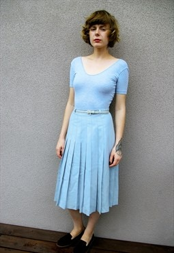 Vintage Midi Pleated Skirt in Baby Blue