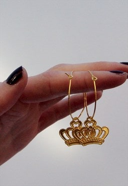 Handmade gold plated hoops earrings with statement crowns