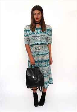 Vintage 80s Green Paisley Print Midi Pleated Dress