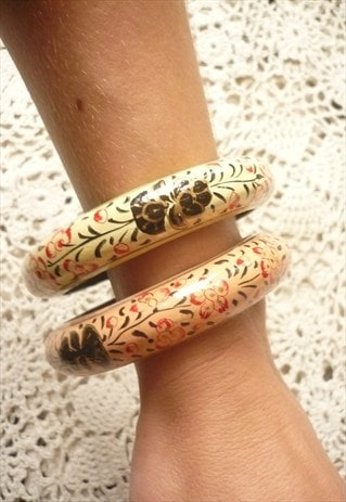 SET OF 2 1970'S VINTAGE HAND PAINTED KASHMIRI INDIAN BANGLES