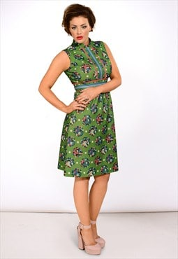 Vintage 1960s green floral printed shift dress