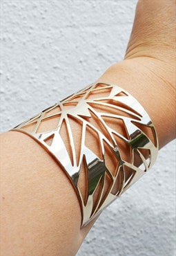 Light gold statement bangle