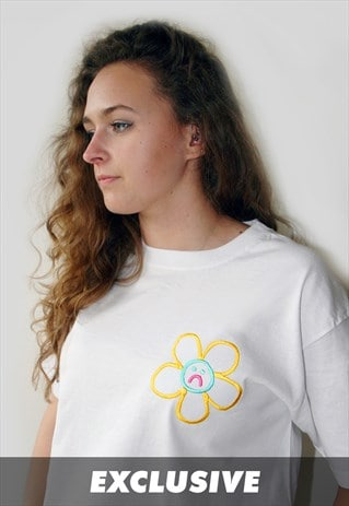 EXCLUSIVE SAD FLOWERS WHITE T-SHIRT