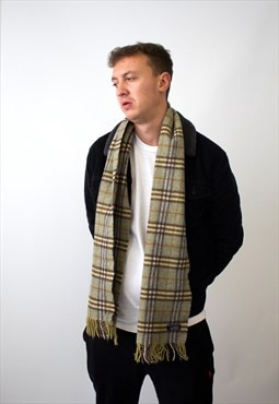 Vintage Burberry Traditional Lambswool Checked Scarf