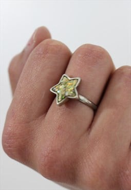 1990's Holographic Star Ring