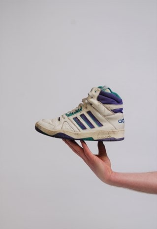 VINTAGE 80S CASUALS ADIDAS HI TOP TENNIS TRAINERS