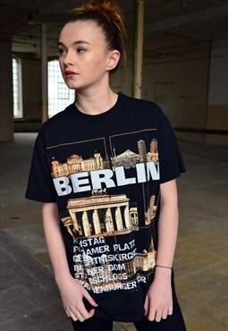 BERLIN Vintage 90s T-shirt