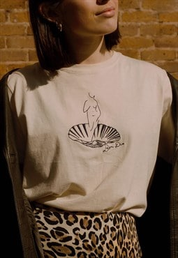 Cotton cream venus embroidered T-shirt