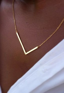Gold L Initial Letter Necklace