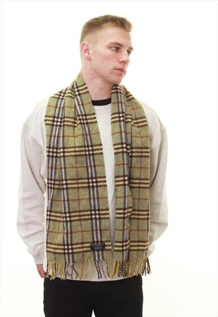 VINTAGE BURBERRY GREEN CHECK LAMBSWOOL SCARF