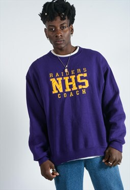 Vintage sweatshirt in purple with embroidery.