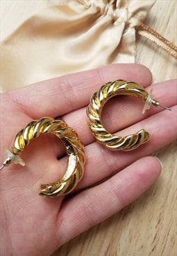 90's vintage 3/4 hoop gold earrings with twist pattern