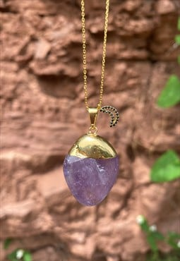The Aphrodite necklace (Amethyst & Moon crescent)