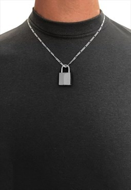 "18"" Padlock Pendant 4mm Figaro Necklace Chain - Silver"