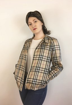 Womens vintage Burberry jacket in beige nova check pattern