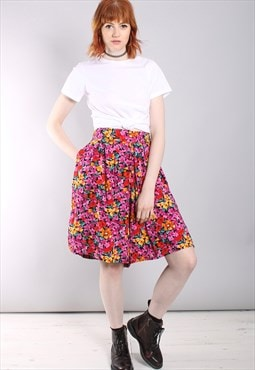 Vintage 80s Floral High Waisted Pleat Front Culotte Shorts