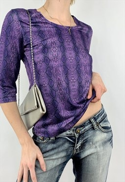 Vintage Women's Y2K Purple Snake Skin Print Graphic Tee Top