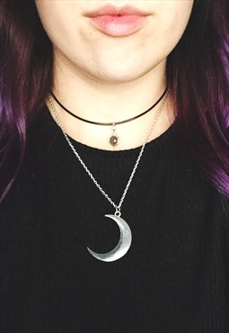 Moonchild crescent moon necklace