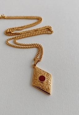 Esther Necklace in Gold
