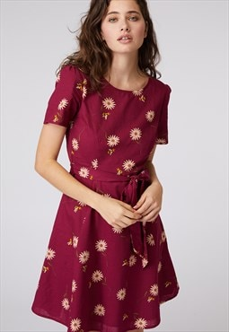 Princess Highway Magenta Daisy Print Dress