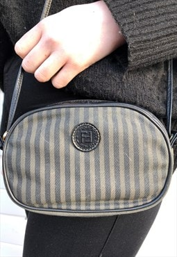 Womens Vintage Fendi handbag black brown stripy bag