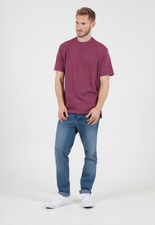 OVERSIZED T-SHIRT WITH HIGH NECK IN BERRY