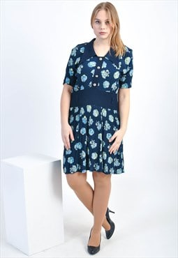 Vintage dress in flower print
