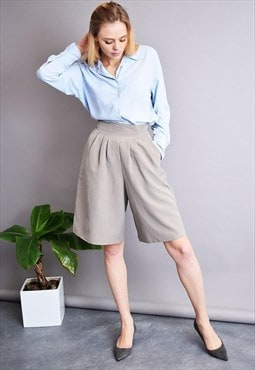 80's retro minimalist light grey shorts culottes