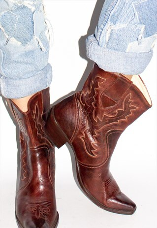 VINTAGE LEATHER WESTERN COWBOY BOOTS