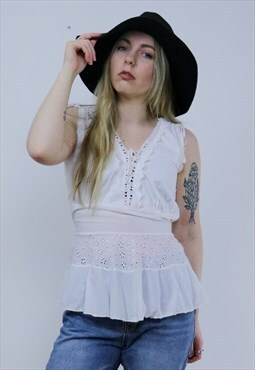 Vintage 70's White Broderie Anglaise Boho Peasant Top