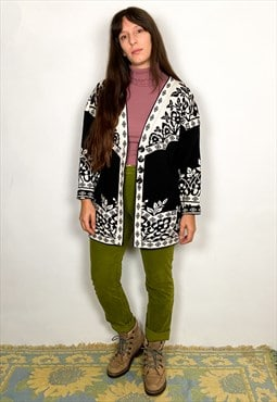 VINTAGE Black & White Patterned Long Sleeve Cardigan