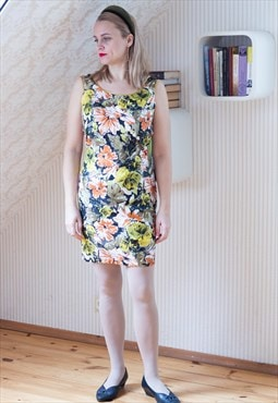 Colorful floral sleeveless dress