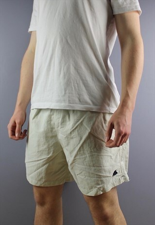 VINTAGE KAPPA SHORTS IN GREY WITH EMBROIDERED LOGO, POCKETS