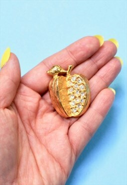 90s Golden Apple Rhinestone Brooch, Glam Vintage Jewellery