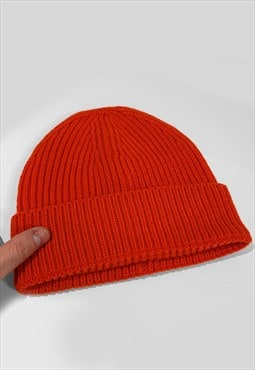 Ski Trawler Knitted Ribbed Beanie Hat - Fire Red