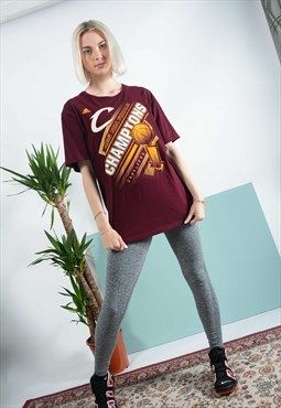 Vintage ADIDAS T-shirt in maroon with sports print