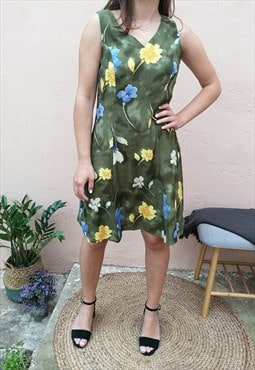 Vintage 90s Floral Light Sleeveless Tea Dress in Green