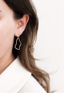 Petite Wave Golden Earrings - Delicate, geometric jewelry