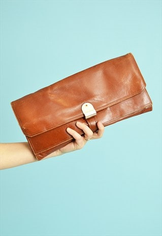 COOL VINTAGE 70'S FAUX LEATHER CLUTCH STYLE BAG