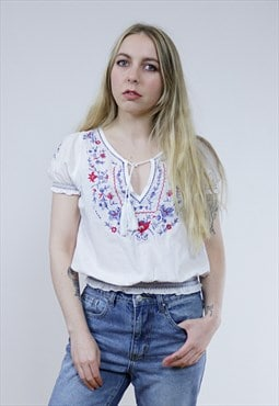 Vintage 70's White Embroidered Floral Peasant Top