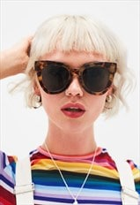 Kika - Oversized Angular Cat Eye Sunglasses